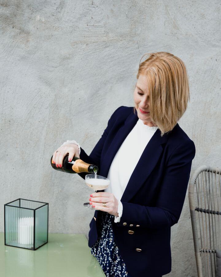 Claudia Vesters Champagne