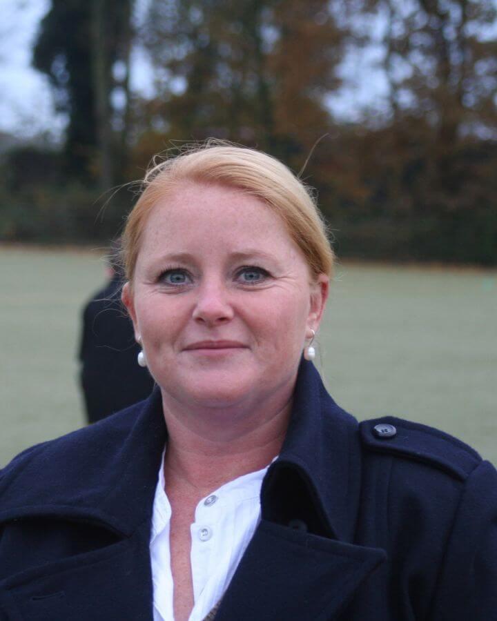 Claudia Vesters Voor foto Voetbalveld low res
